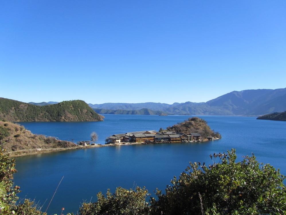 泸沽湖里格半岛图片