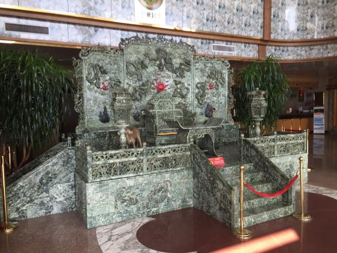 这也是我们全家旅游的主要活动,参观神雕山野生动物园.
