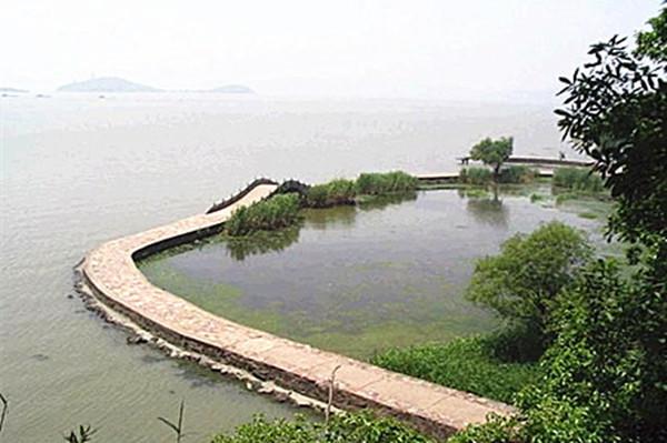 苏州西山风景区环湖