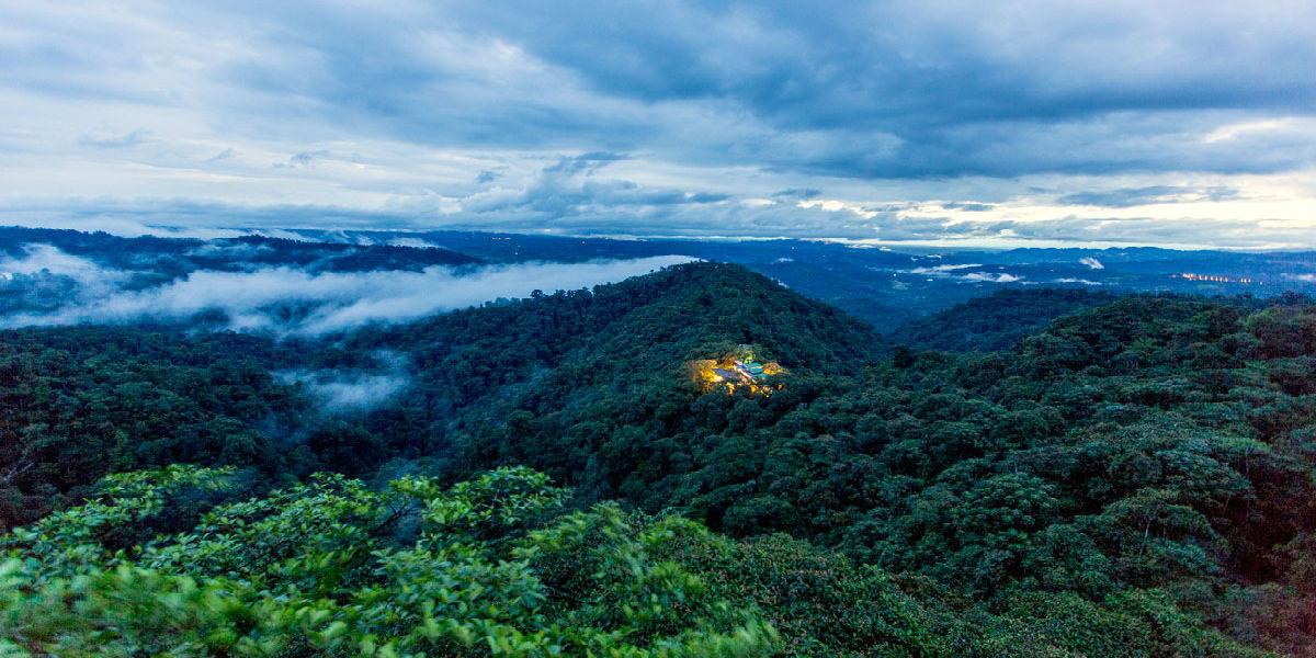 云雾森林体验之旅2天1晚春节跨年全包行程 Mashpi 云雾森林酒店