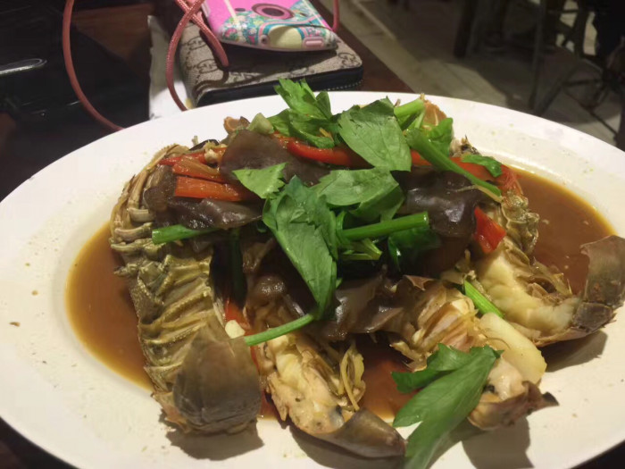 芭东海滩夜市海鲜大排档在哪?哪家好吃?