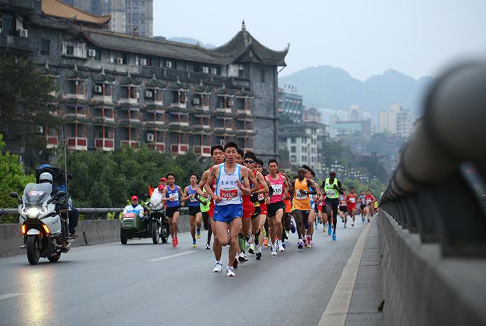 2017重庆马拉松路线图 起点 时间,重庆马拉松3月19开赛图片