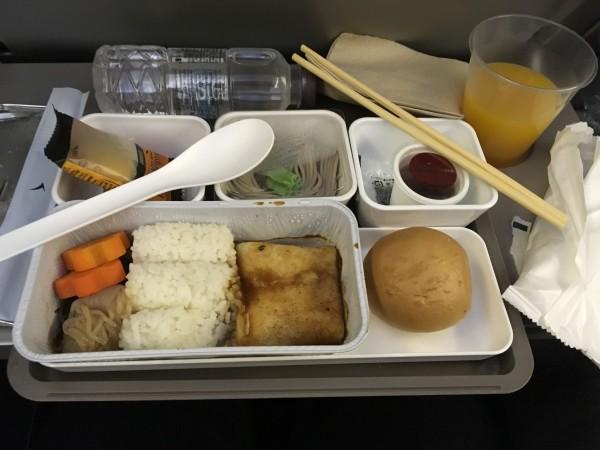 港龙航空的飞机餐,还不错