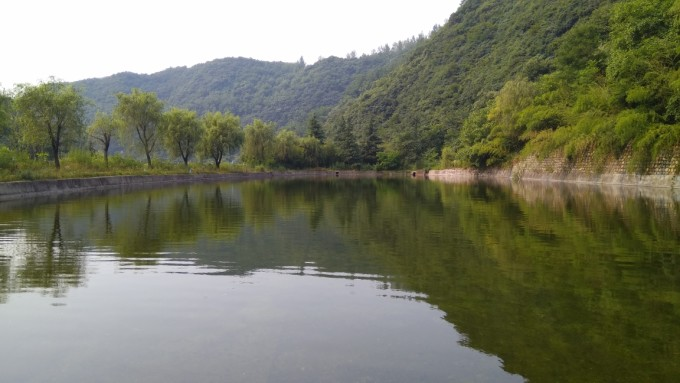 祥峪森林公园位于秦岭北麓,西安市长安区内东大镇境内的观音山下,距