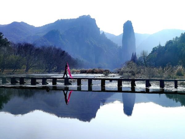 联票包含仙都风景区6个景点:鼎湖峰,芙蓉峡,朱潭山,小赤壁,赵侯祠
