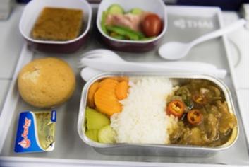 据说,因为泰航飞机餐的食材全部来自泰国北部山区农场,水果,蔬菜都