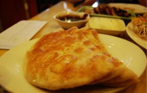 哈尔滨美食-毛毛熏肉大饼