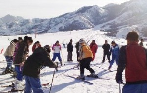 新疆娱乐-白云滑雪场