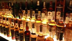 爱丁堡景点-苏格兰威士忌体验中心(The Scotch Whisky Experience)