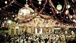 新德里景点-尼桑木丁圣陵(Dargah Hazrat Nizamuddin)