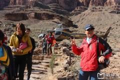 北美之旅...乘直升机游科罗拉多大峡谷随拍