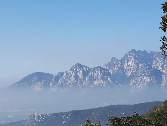 国庆高铁中原行:中岳嵩山二日穿越--少室山(三皇寨上