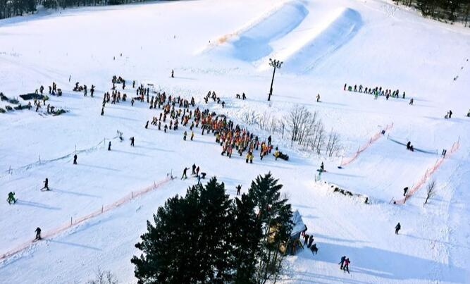 冬天去北海道玩什么?滑雪、温泉、冰雪祭